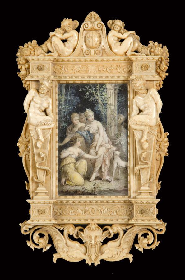 Cornice in avorio di gusto rinascimentale con miniatura in avorio raffigurante Diana e Atteone